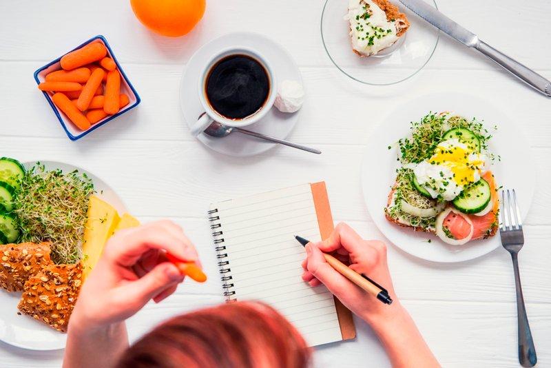 Поделиться Что можно есть при диарее, а что нельзя?