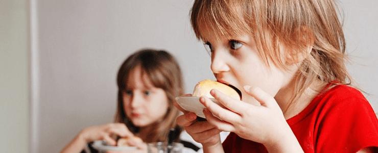Болезни органов пищеварения являются частой причиной поноса у детей