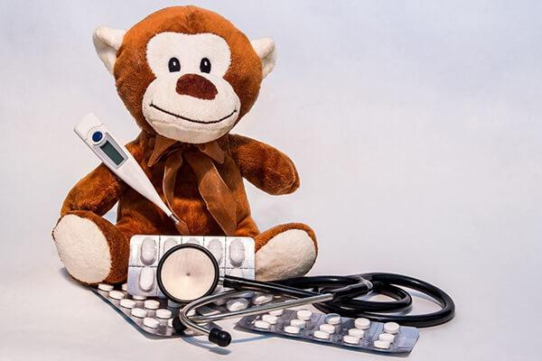 Медикаментозное лечение поноса с температурой у детей